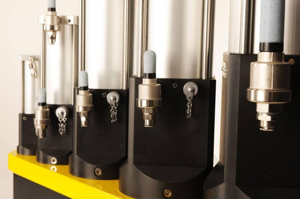 KC40 hydro-pneumatische krachtcilinders