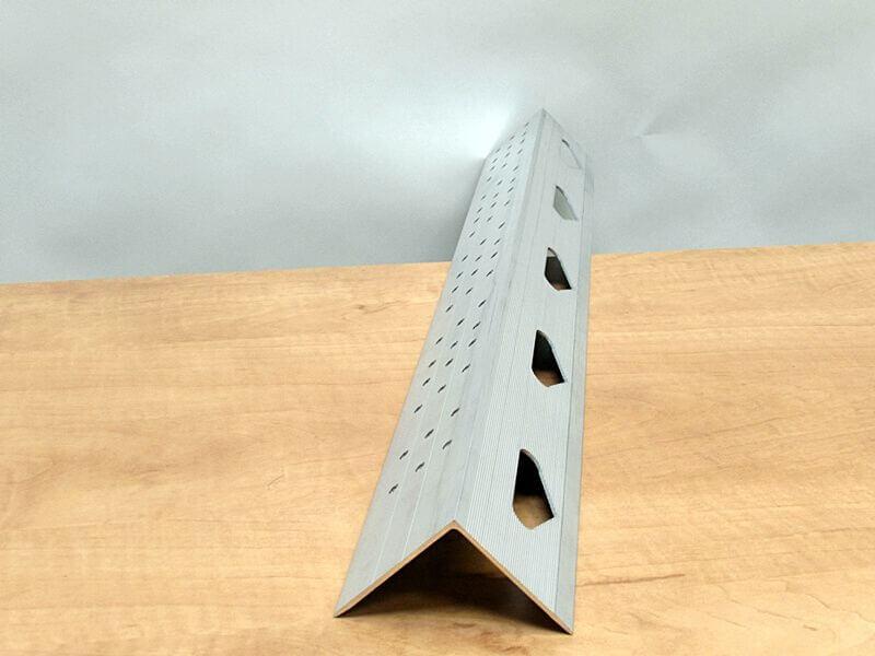 Aluminium hoekprofiel ponsen